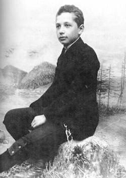 Альберту Эйнштейну 14 лет
